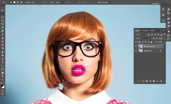 Những bức chân dung cùng với công cụ face-aware liquify